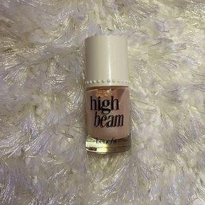 Benefit High Beam Liquid Highlighter